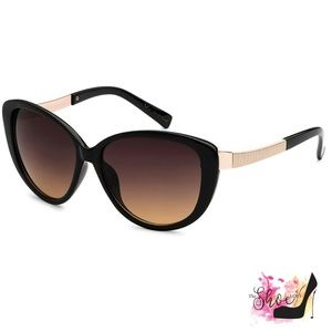 VG Black Wide Cat Eye Sunglasses